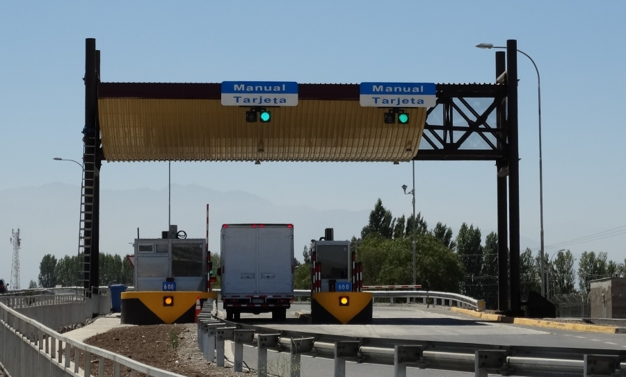 Redvision's X-SERIES™ Dual Light cameras protect Chilean highways